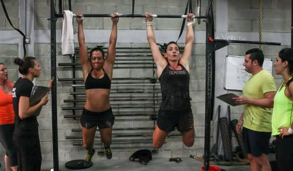 tractions crossfit kipping pull up